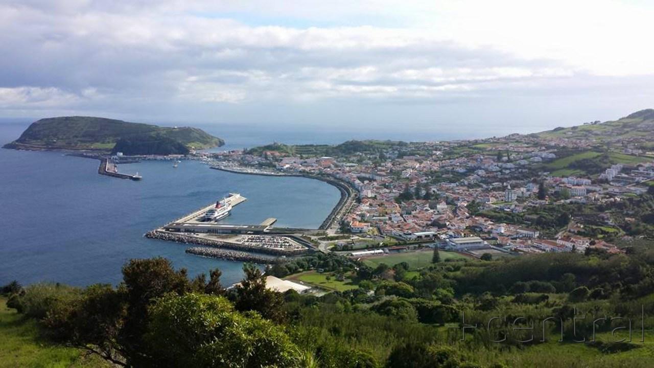 LNEC disponível para auditar obra do cais de passageiros e molhe do porto da Horta