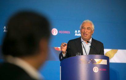 """Costa considera que governação socialista nos Açores """"prestigia o partido"""""""