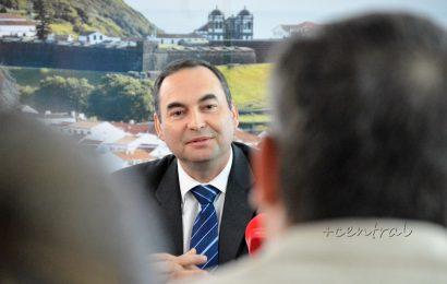 """PS/Açores rejeitou as low cost """"para utilizar a SATA como instrumento político"""""""