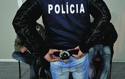 Detidos dois homens por tráfico de estupefacientes na Terceira