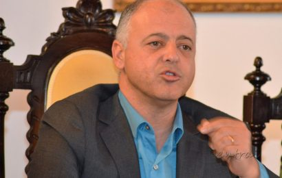 Roberto Monteiro entende que EUA têm visão errada da realidade na Praia da Vitória