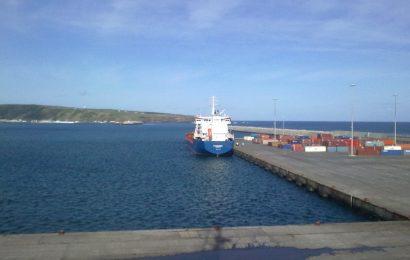 Transporte marítimo de combustíveis interilhas custa mais de 15 milhões de euros