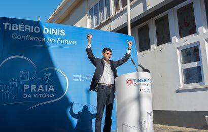 """Tibério Dinis apresenta-se com """"Confiança no Futuro"""" na Praia da Vitória"""